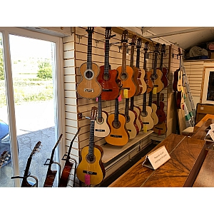 MANY MORE CLASSICAL GUITARS IN STORE!!!