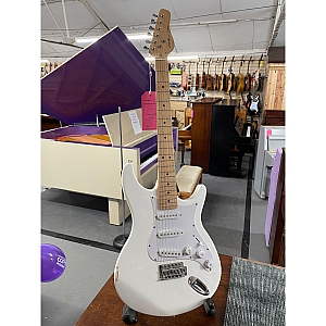 Behringer I-Axe S Type Electric Guitar With Built In USB Port (White)